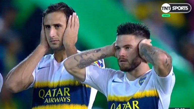 ¿Por qué los jugadores de Boca se taparon los oídos en el partido con Aldosivi?