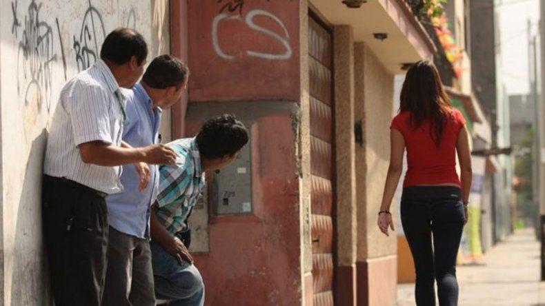 Presentan un proyecto de ley para sancionar el acoso callejero en Neuquén