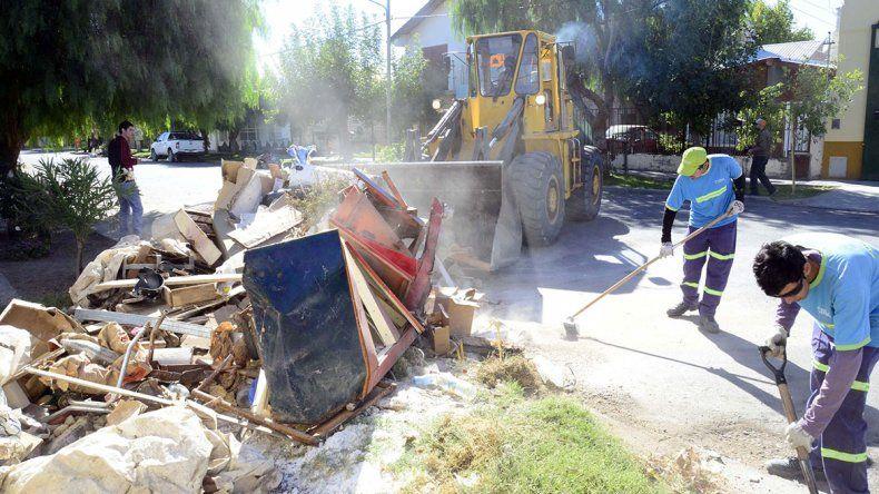 El operativo de retiro de basura llegó a dos barrios