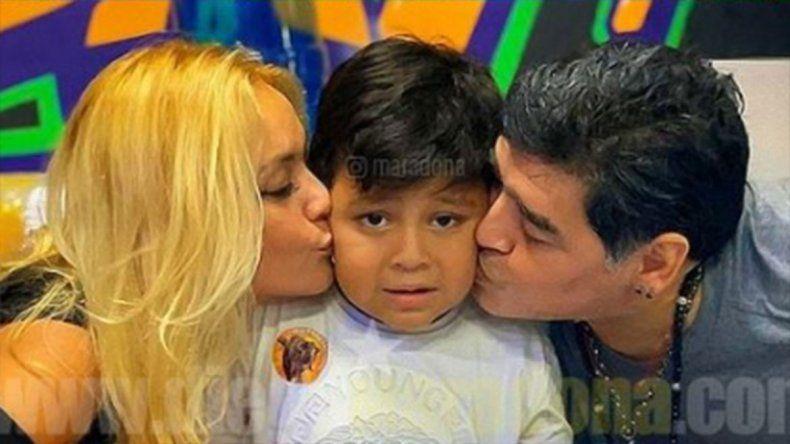 ¿Hay equipo? Verónica Ojeda estaría embarazada de Maradona