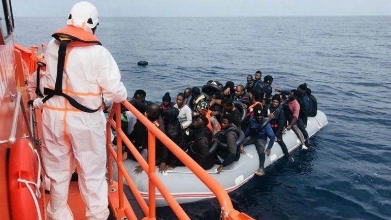 Italia se jacta de haber reducido la inmigración