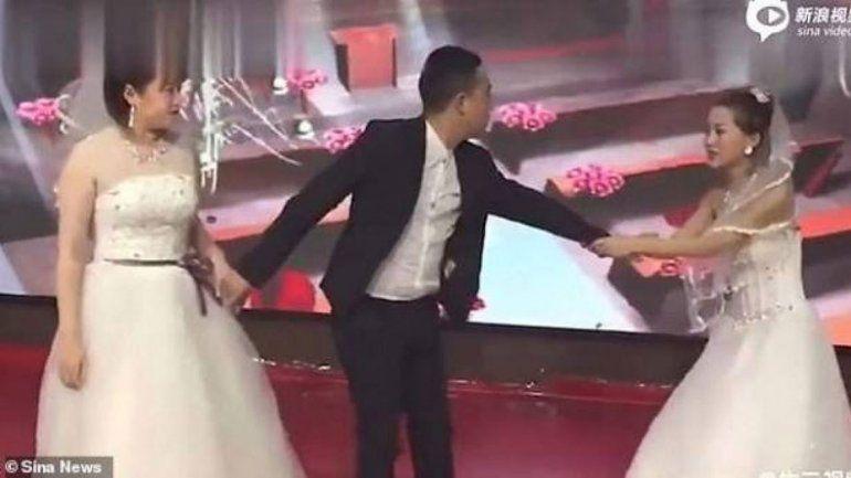 Cayó vestida de novia y paró el casamiento de su ex