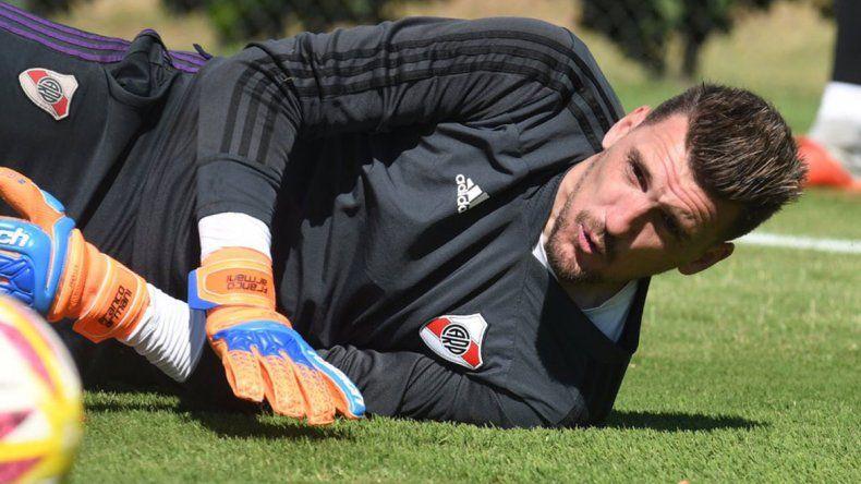 Gallardo espera a Armani para enfrentar a Alianza