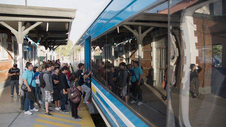 En verano, el Tren del Valle vendió 10 mil boletos más