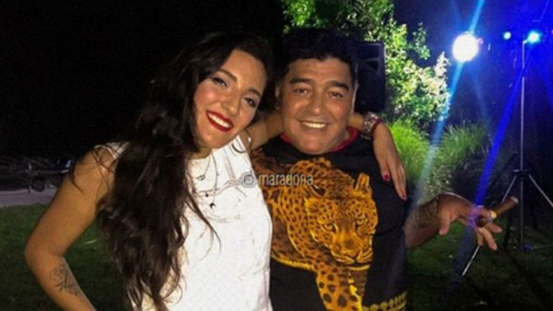 La familia Maradona no tiene un poco de paz