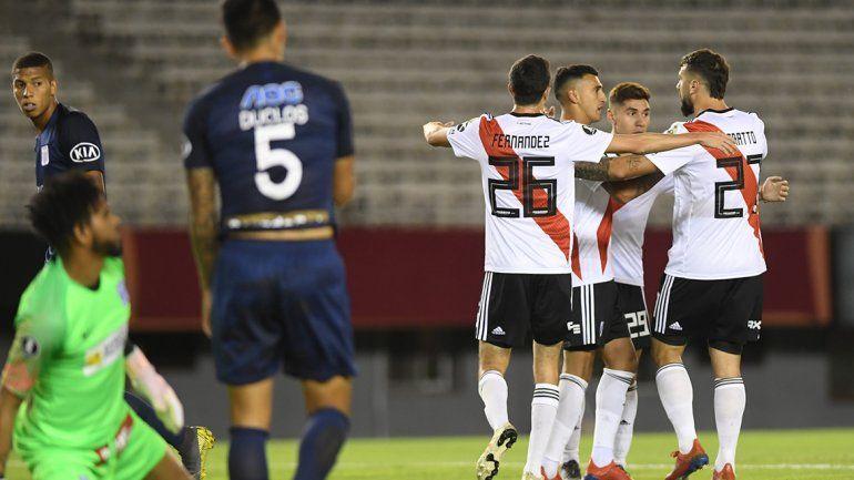 River le ganó 3 a 0 a Alianza Lima y la clasificación está cerca