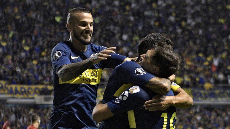 Carlitos, el Pipa y Mauro Zárate se mostraron amigos