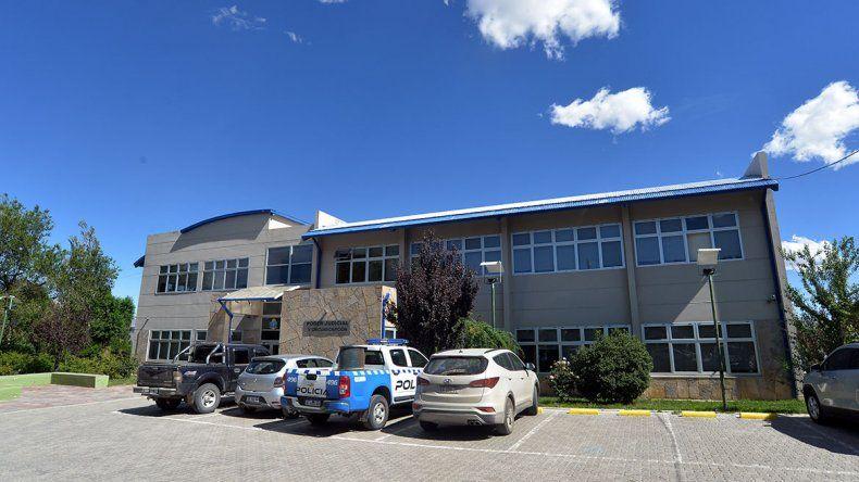 Acusaron a un maestro por abusar de cuatro alumnas