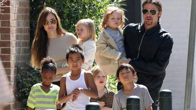 Brad Pitt y Angelina Jolie vuelven a ser solteros legalmente