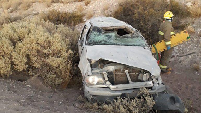 Trágico vuelco en la Ruta 237: mueren dos mujeres y hay otros dos heridos