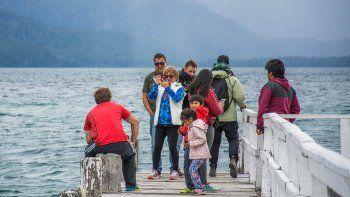 hoteleros de la angostura rechazan un impuesto a los turistas