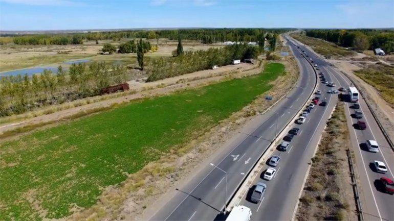 Por el finde largo, la Ruta 22 tendrá dos carriles extras