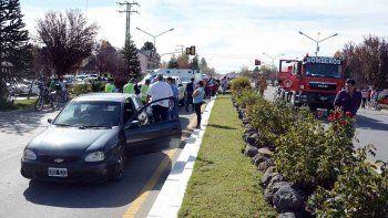 el primer choque de semana santa involucro a cinco vehiculos