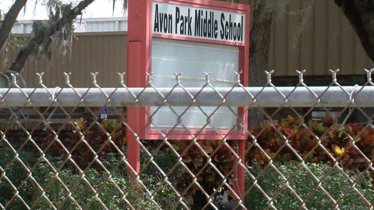 Arrestan a alumnas que planeaban una matanza