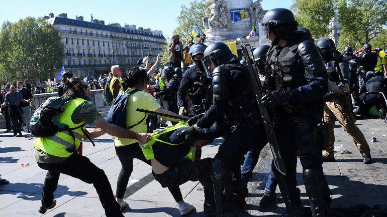 Chalecos amarillos: una nueva jornada de incidentes y protestas