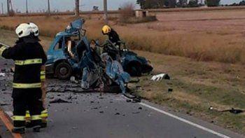 tres muertos y cuatro heridos en un choque frontal