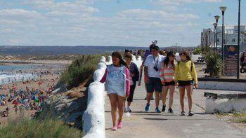 rio negro recibio mas de 30 mil turistas este finde