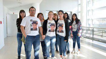 crimen de franco: mi nieto estaba banado en sangre y le pegaron dos punaladas mas