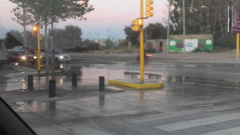 Avenida del Trabajador sufrió rotura de caños en cuatro puntos distintos