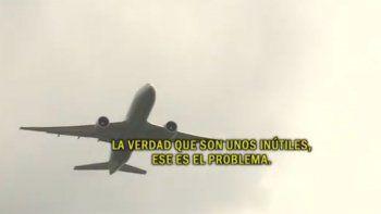 dos aviones casi chocan y el piloto estallo de bronca