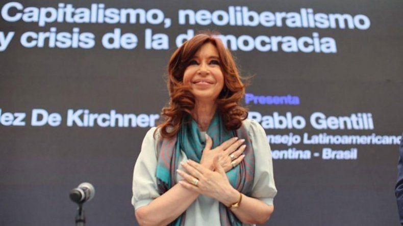 Cristina denunció campañas sucias y agresivas del Gobierno