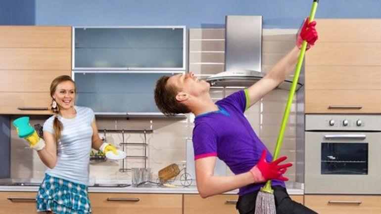 Las tareas domésticas le harían bien al cerebro