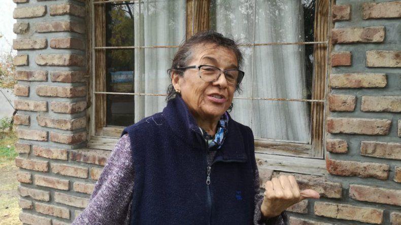 Una abuela de Plottier tiene miedo de que le rematen la casa