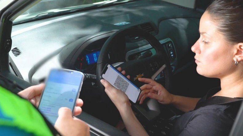 Los conductores podrán mostrar la licencia de conducir digital en los controles