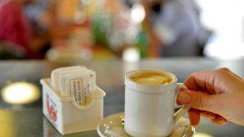 ciudad saludable: prohiben exhibir azucar en locales de comida