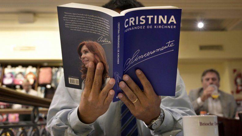 Cristina presenta su libro hoy en Santiago del Estero