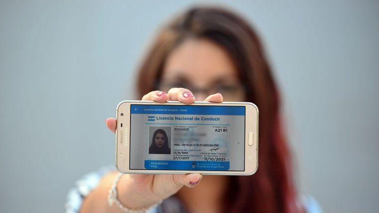 Ya se puede usar el carnet de conducir en el celular