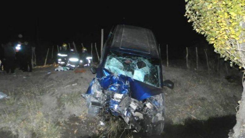 Tragedia en Catriel: volcó una familia, murieron dos nenes y hay heridos graves