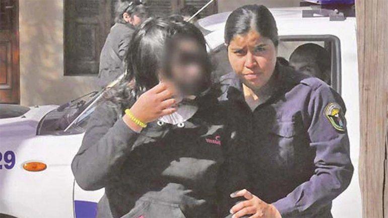 Una mujer le cobró $3.000 a un hombre para que abusara de su hija de 11 años