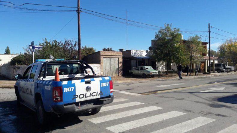 Violenta pelea en plena calle terminó con un baleado en Cutral Co