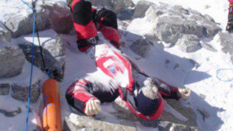 Buscaban basura y hallan 4 cuerpos en el Everest