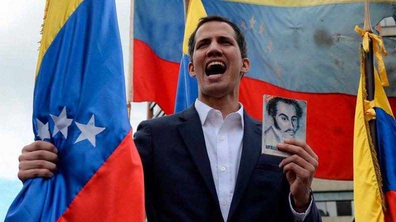 Guaidó insiste en la intervención militar de EE.UU.