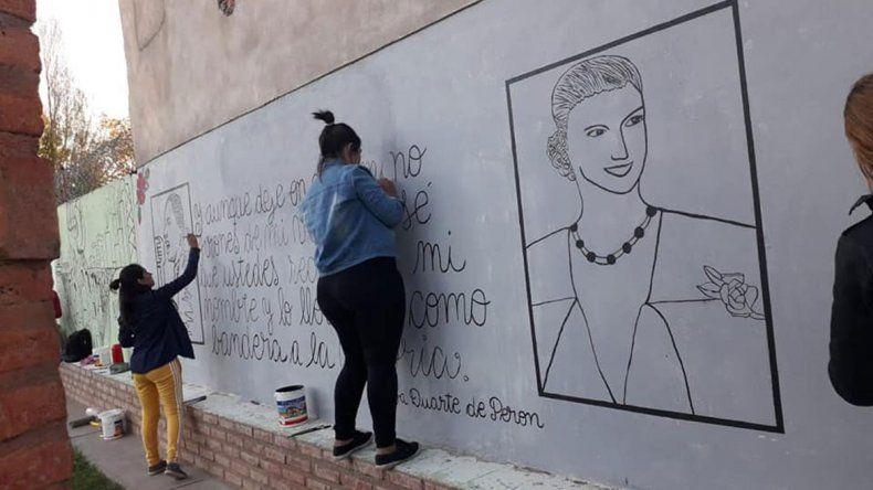 Cutral Co vivió un ciclo cultural en homenaje a Eva Perón