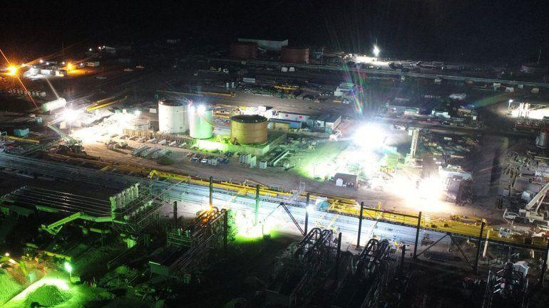 Tecpetrol baja tres equipos del área Fortín de Piedra