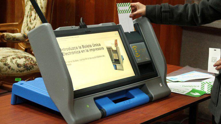 Afirman que el voto electrónico es el peor sistema