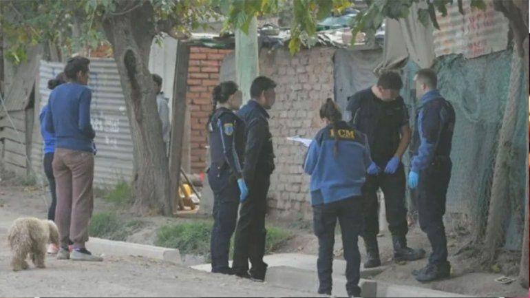 Horror: se peleaban por salir con una nena de 14 años, uno disparó y mató a una beba