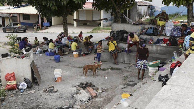 Brasil: la frontera con Venezuela es una favela
