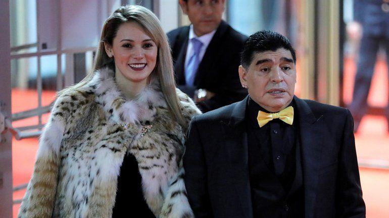 La millonaria suma que Rocío Oliva le reclama a Diego Maradona