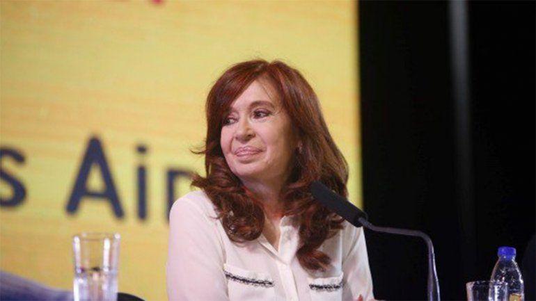 Revocan procesamientos de Cristina Fernández en dos causas y ratifican otro