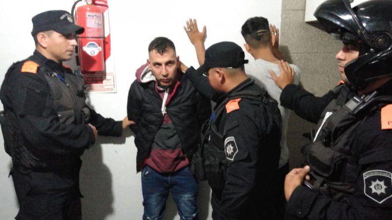 Aún buscan a cinco de los nueve presos que se escaparon