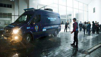 detuvieron al presunto tirador del ataque en el congreso en uruguay