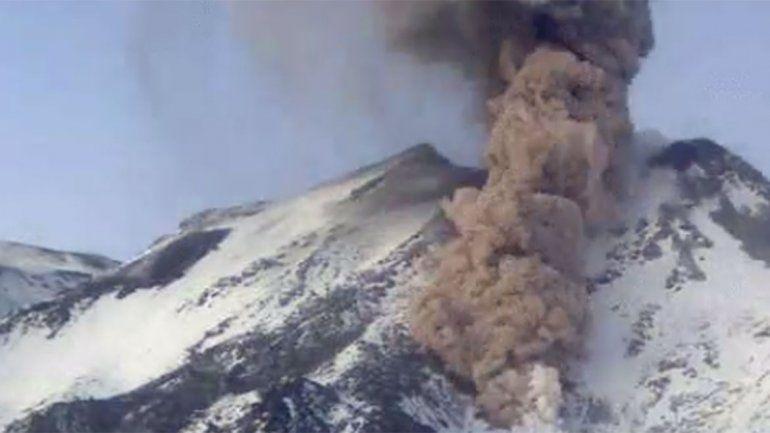 Alerta en el volcán Chillán: se registraron tres explosiones