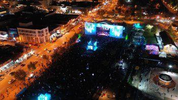 una multitud vibro con el #movistarfrimusic 2019