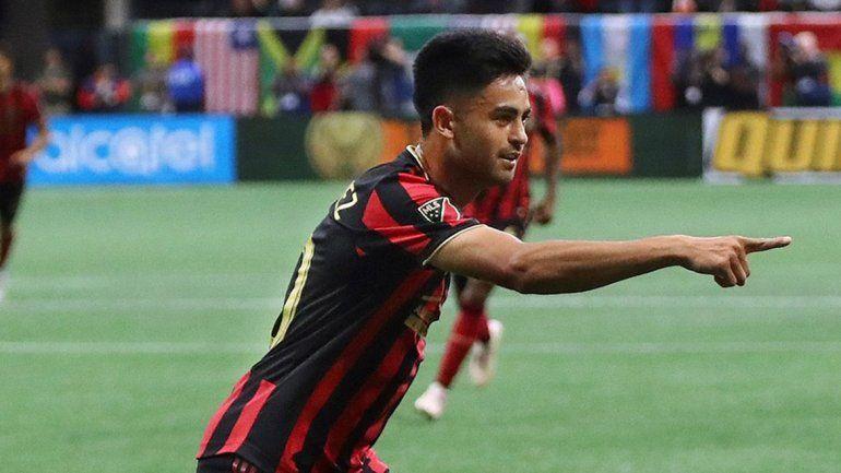 Mirá el primer gol del Pity Martínez en Estados Unidos