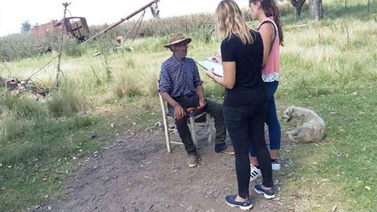 De terror: rescataron a un hombre de 91 años que vivía esclavizado