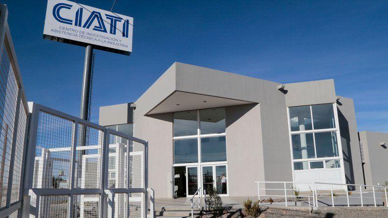 El CIATI ya cuenta con laboratorios de análisis en  Centenario